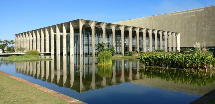 Itamarati Brasília estudar francês